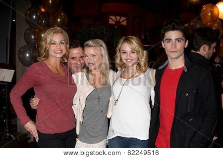 LOS ANGELES - MAR 25:  Jessica Collins, Christian LeBlanc, Kelli Goss, Hunter King, Max Erlich at the Y & R 41st Anniversary Cake at CBS Television City on March 25, 2014 in Los Angeles, CA
