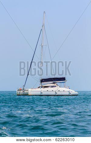 Sailing Yacht Boat .