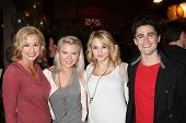 LOS ANGELES - MAR 25:  Jessica Collins, Kelli Goss, Hunter King, Max Erlich at the Young and Restles