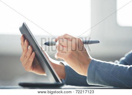 Working With Digital Tablet