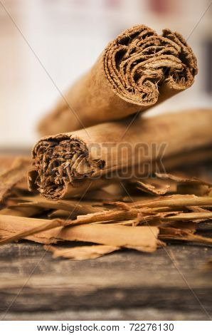 closeup cinnamon sticks