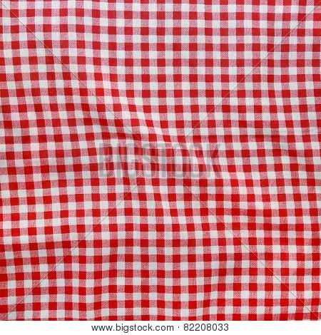 Red Linen Crumpled Tablecloth.