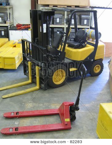 Forklift And Floorjack
