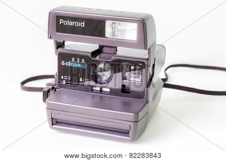 Polaroid camera for instant photos