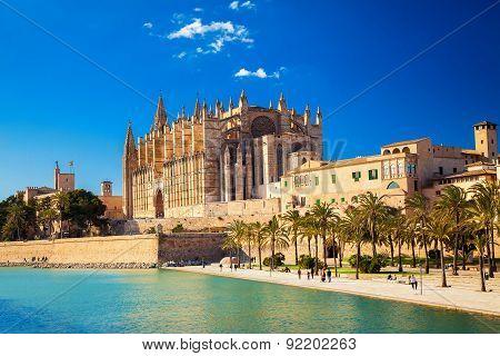 Cathedral La Seu And Parc Del Mar