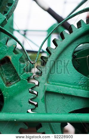 Green Painted Big Gear Wheels