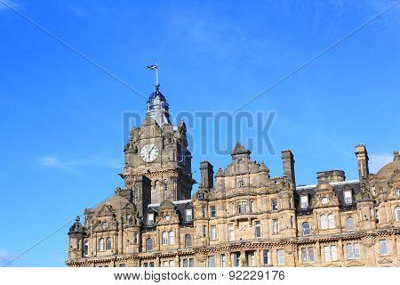 Historic City House With Scottish Flag In Edinburgh