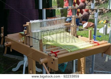 New Loom Machine For Traditional Crafts On A Medieval Market