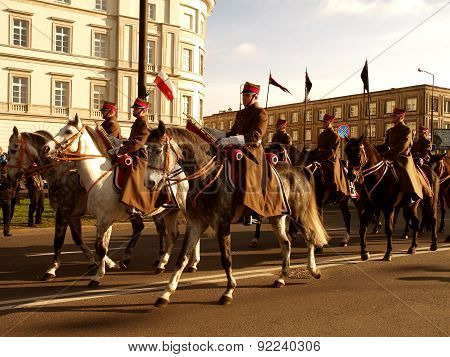 Polish cavalry on the way to the parade.
