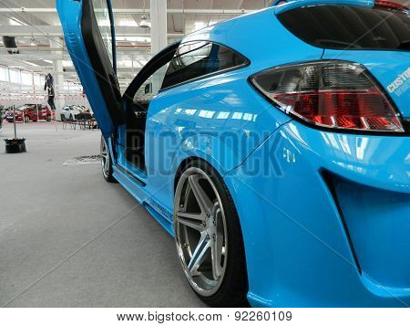 Blue tuned car / Vauxhall / Opel Astra