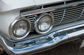 Постер, плакат: Details Of Headlight Of A Vintage Car
