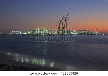 view on construction in Dubai at night