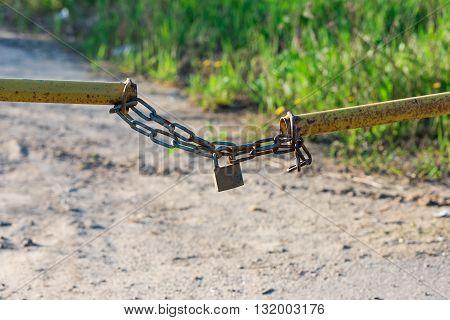 Barrier Lock Chain