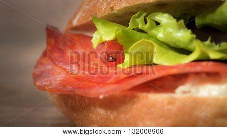 macro sandwich salami, gorgonzola and green salad