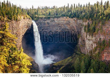 Helmcken Falls, Wells Gray Provincial Park, Bc, Canada