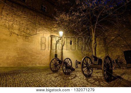 The guns on the golden street, Prague