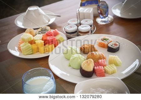 Colorful breakfast, Anna tower na hotel in Bali