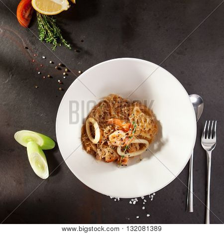 Crystal Noodles with Seafood