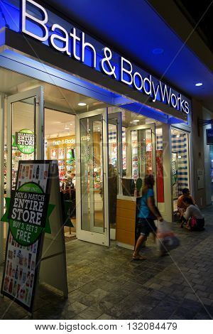 HONOLULU HI - NOVEMBER 27: Entrance to Mix and Match sale at Bath and Bodyworks on Grey Thursday at the Ala Moana shopping center. taken on November 27 2014 at Ala Moana Shopping center in Honolulu Hawaii.