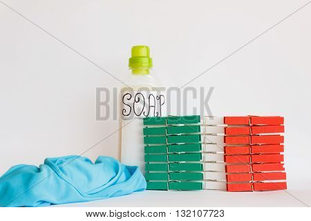 coloured clothespines redgreen and white form italian flag