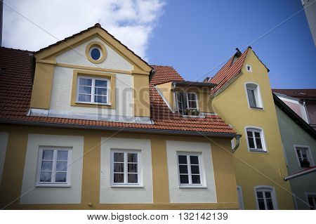 facade of a yellow house in fussen
