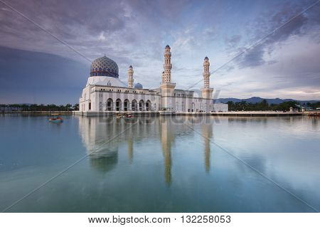 Kota Kinabalu City Mosque surrounded with pool of water