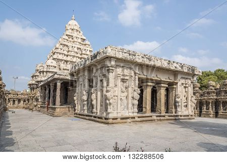 STONE TEMPLE: The kanchi Kailasanathar temple is the oldest structure in Kanchipuram. Located in Tamil Nadu, India, it is a Hindu temple in the Dravidian architectural style