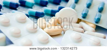 set, white, background, shape, soothing, closeup, object, round, medicine, treatment, pharmaceutical, medical, heap, pills, tablets, assortment, capsule, syringe, antibiotics, money,