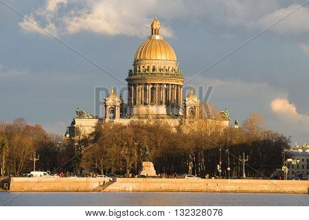 SAINT PETERSBURG, RUSSIA - APRIL 23, 2016: St. Isaac's Cathedral close-up, april evening. Historical landmark of the city Saint Petersburg