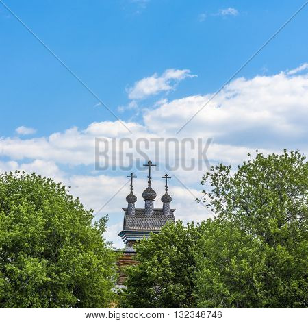 Wooden dome of the old Church. Kolomenskoe. Moscow. Russia.