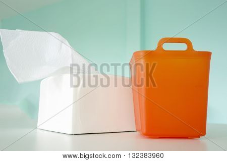 Trash box tissue paper and set dining table