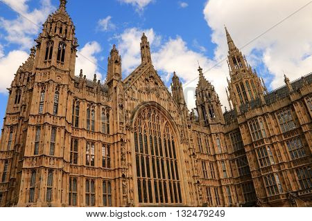 FACADE OF ABBEY OF WESTMINSTER , LONDON , ENGLAND