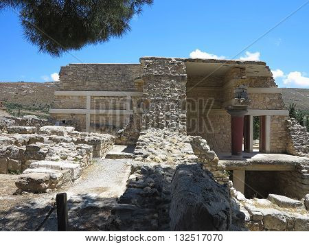 Ruins Of The Minoan Palace Of Knossos In Heraklion,greece