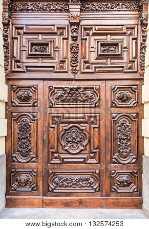 Turin - Devil Door