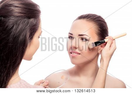 Makeup For Brunettes