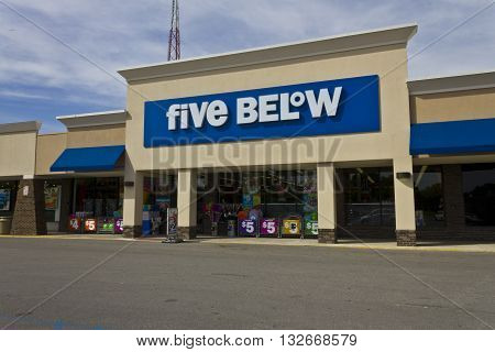 Indianapolis - Circa June 2016: Five Below Retail Store. Five Below is a chain that sells products that cost up to $5 V