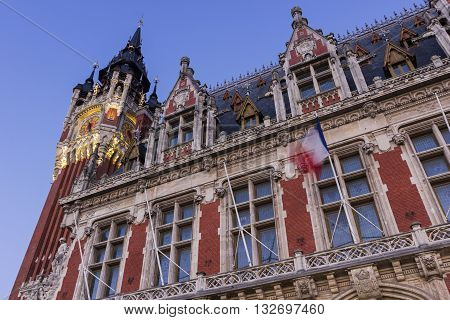 Town hall (Hotel de Ville) at Place du Soldat Inconnu in Calais in France