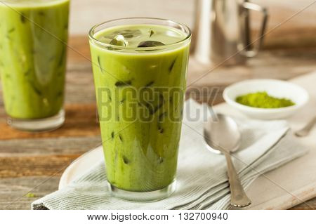 Homemade Iced Matcha Latte Tea