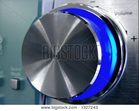 Amplituner Volume Button