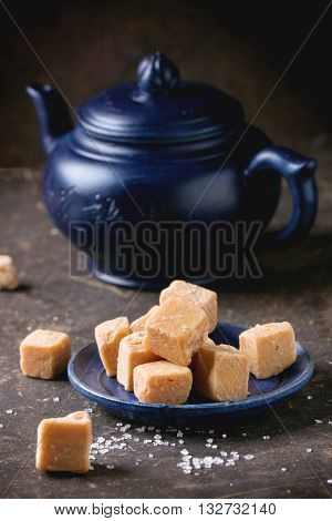 Fudge Cand And Teapot