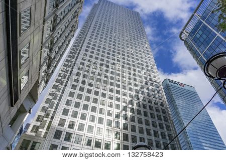 One Canada Square, Canary Wharf, London. September 2015. Until the construction of The Shard, this was London's tallest building.