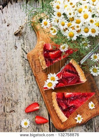 Strawberry tart with jelly place for text