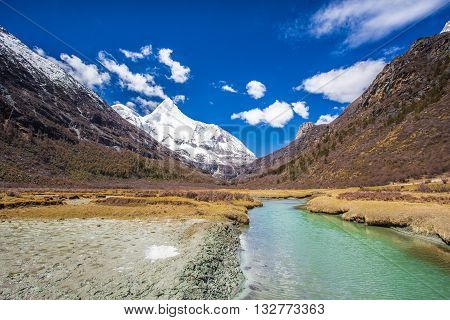 Yading is a national level reserve in Daocheng County, in the southwest of Sichuan Province, China.