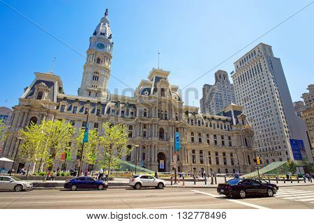 Philadelphia City Hall With William Penn Statue On Tower