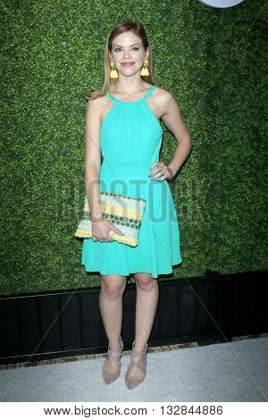 LOS ANGELES - JUN 2:  Dreama Walker at the 4th Annual CBS Television Studios Summer Soiree at the Palihouse on June 2, 2016 in West Hollywood, CA