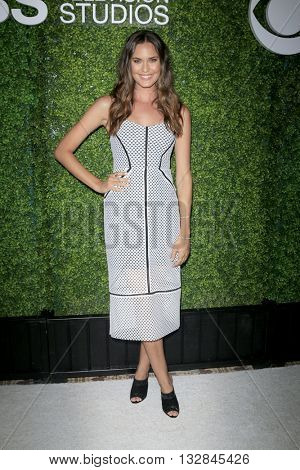 LOS ANGELES - JUN 2:  Odette Annable at the 4th Annual CBS Television Studios Summer Soiree at the Palihouse on June 2, 2016 in West Hollywood, CA