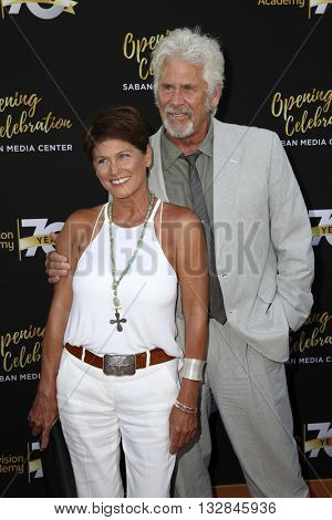 LOS ANGELES - JUN 2:  Barry Bostwick at the Television Academy 70th Anniversary Gala at the Saban Theater on June 2, 2016 in North Hollywood, CA