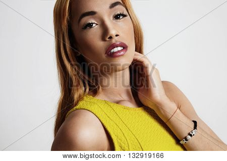 Blond Black Woman With A Stright Hair