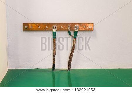 Electrical Grounding Bar