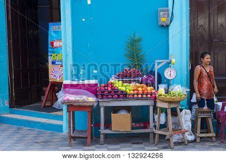 GRANADA NICARAGUA - MARCH 20 : Fruit stand in Granada Nicaragua on March 20 2016. Granada was founded in 1524 and it's the first European city in mainland America